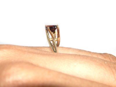 anel solitário granada